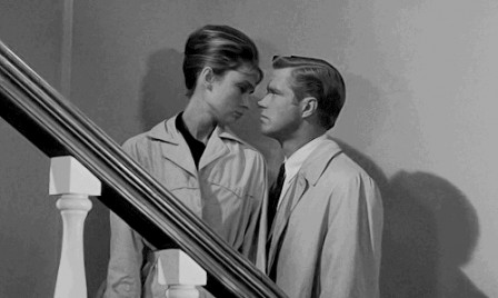 Audrey Hepburn and George Peppard Breakfast at Tiffany's comment réussir son coup de boule.gif