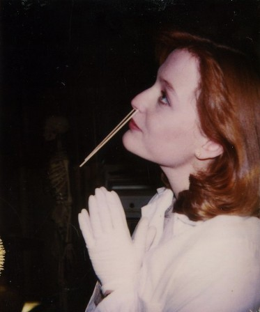 Gillian Anderson on the set of The X-Files.jpg