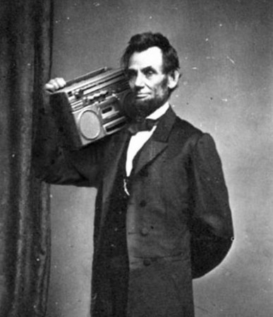 abraham lincoln with boombox arme deuxième amendement.jpg
