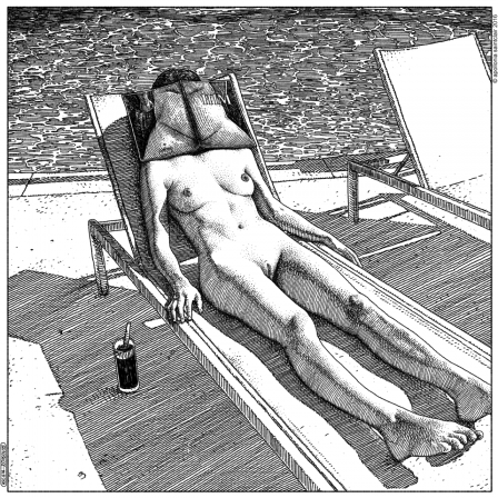 Apollonia Saintclair allongée au bord de la piscine.png