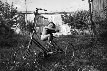 Alain_Laboile_enfant_tricycle_velo_profil.jpg