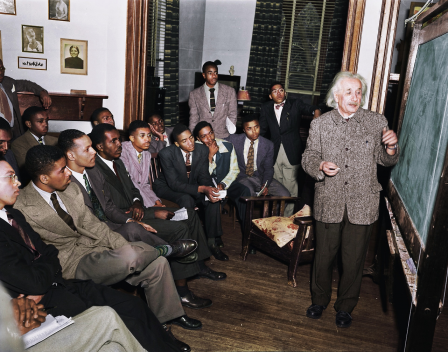 Albert Einstein teaching at Lincoln the United State's first Historical Black University 1946.png
