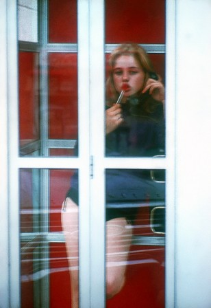 Bert Stern Sue Lyon during the filming of Lolita 1961.jpg