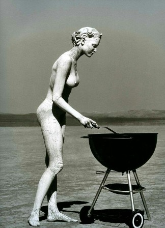 Herb Ritts Stephanie with Barbecue El Mirage 1991.jpg