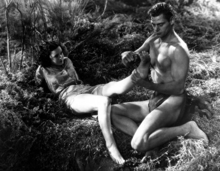 Maureen O'Sullivan and Johnny Weissmuller in Tarzan the Ape Man 1932 réflexologie plantaire.jpg