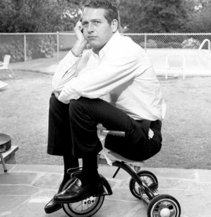 Paul_Newman_tricycle_velo.jpg