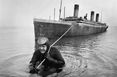 Professional frogman Courtney Brown tows a 55-foot scale model of the sunken liner Titanic during work on the film Raise the Titanic.jpg