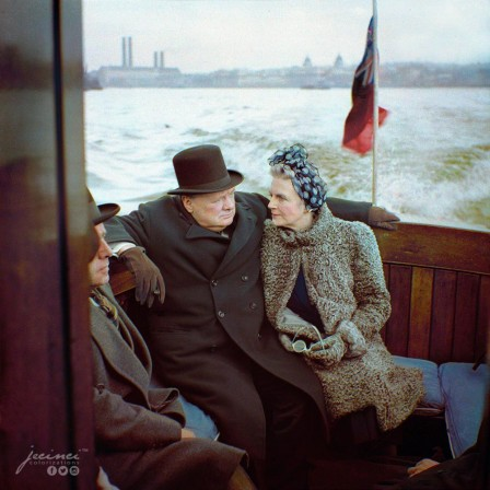 Winston Churchill and his wife, Clementine, on board a naval auxiliary patrol vessel during a visit to the London docks 25 September 1940 brexit.jpg, janv. 2020